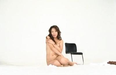 Yuu Uehara Asian babe gets her pussy creamed